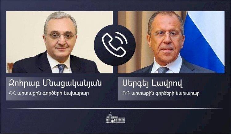 По инициативе российской стороны состоялся телефонный разговор Зограба Мнацаканяна и Сергея Лаврова