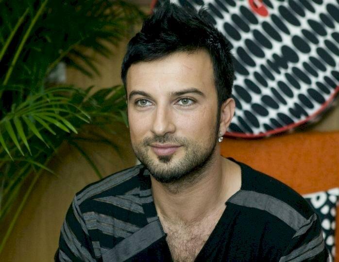 Турецкого певца Таркана приписали в армяне, после его призыва признать Геноцид армян