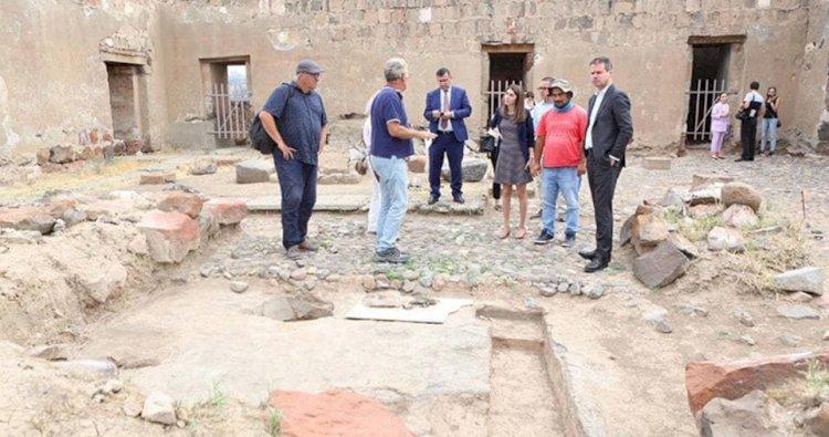 Посол Франции: Любое посягательство на культурное наследие Армении является посягательством на всемирное наследие