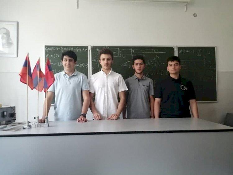 Армянские студенты блестяще выступили на Международной олимпиаде по физике