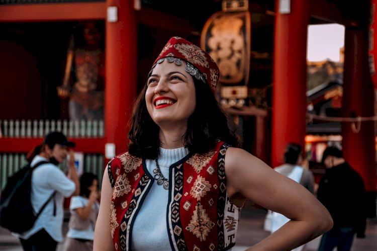 Армянки в Токио провели флешмоб в традиционных армянских костюмах (ФОТОРЯД)