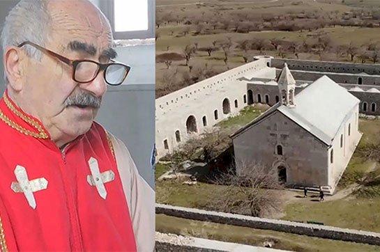 По просьбе российской стороны с монастыря Амарас был спущен флаг Арцаха